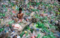 WWF, 100 milioni di tonnellate di plastica disperse in natura