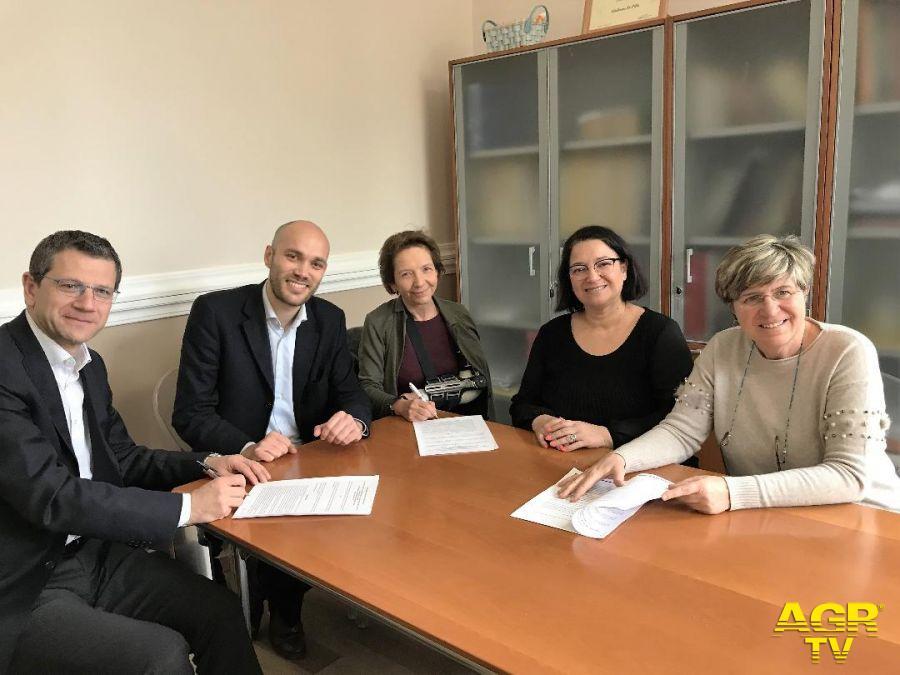 Ostia, i locali dell'ex-scuola Guttuso assegnati a Save the children