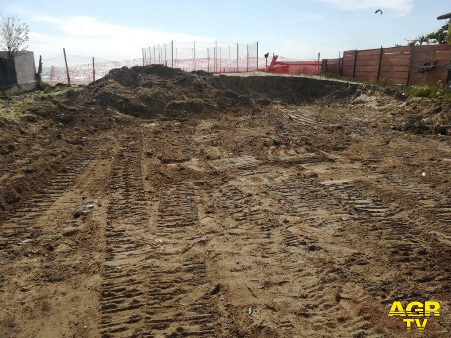 Passoscuro, demolita struttura abusiva sulla spiaggia