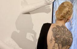 Regione Lazio, nuove regole per tatuaggi e piercing