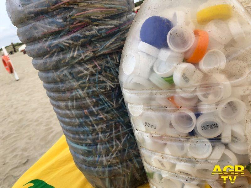 WWF, Mediterraneo invaso dalla plastica