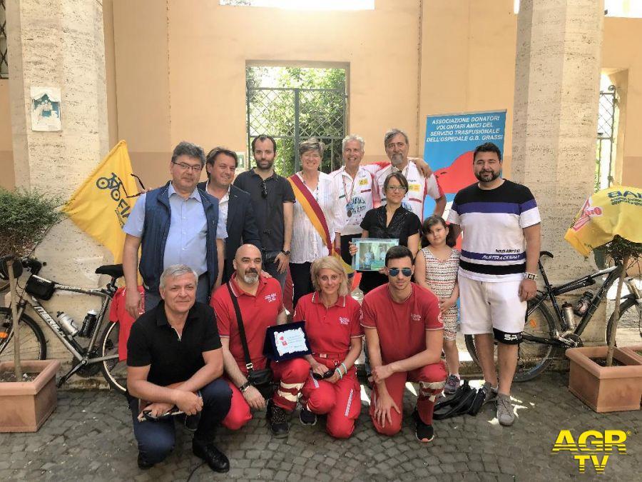 Municipio X, da Ostia a Parigi in bici per solidarietà