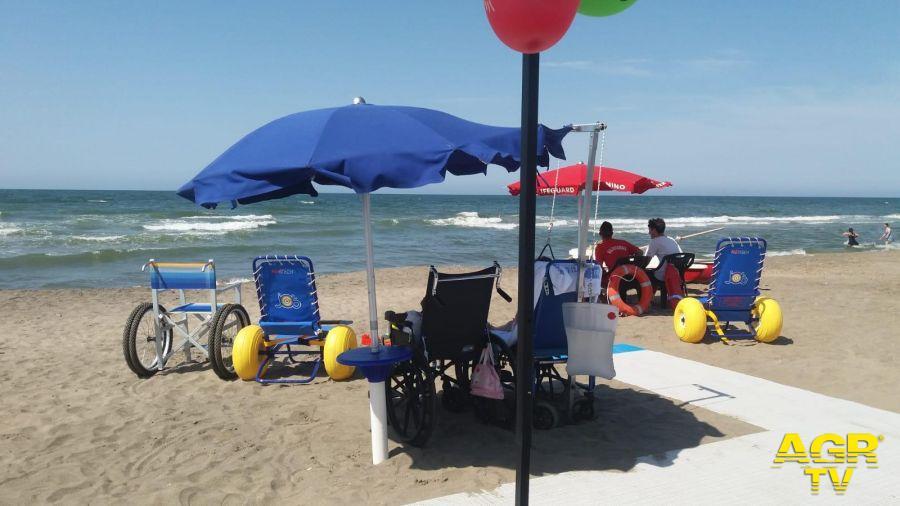 Palidoro, inaugurata una spiaggia accessibile a tutti
