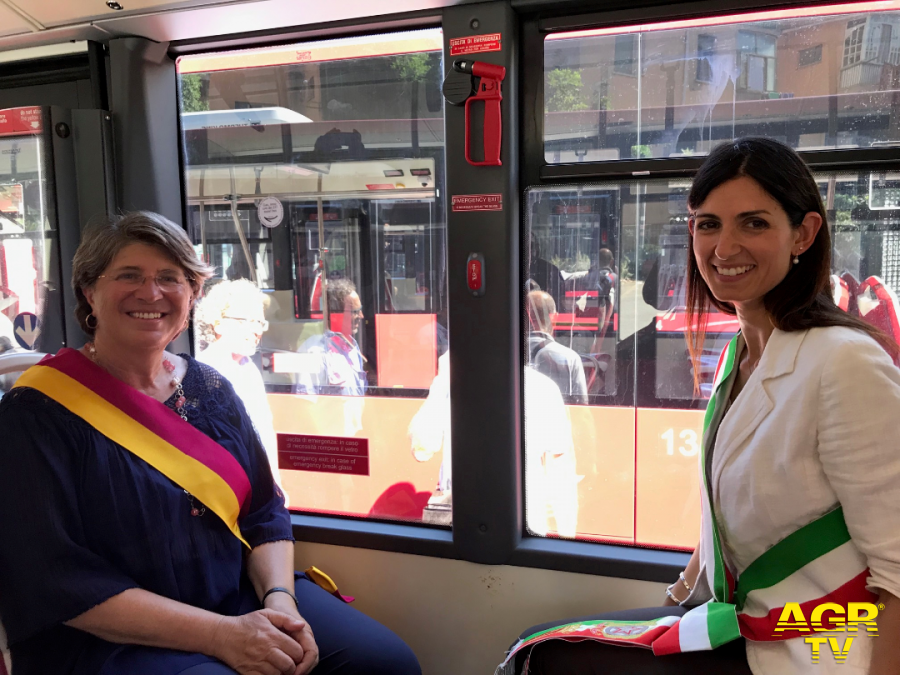 X Municipio, venti bus nuovi di zecca in servizio sulle strade del litorale