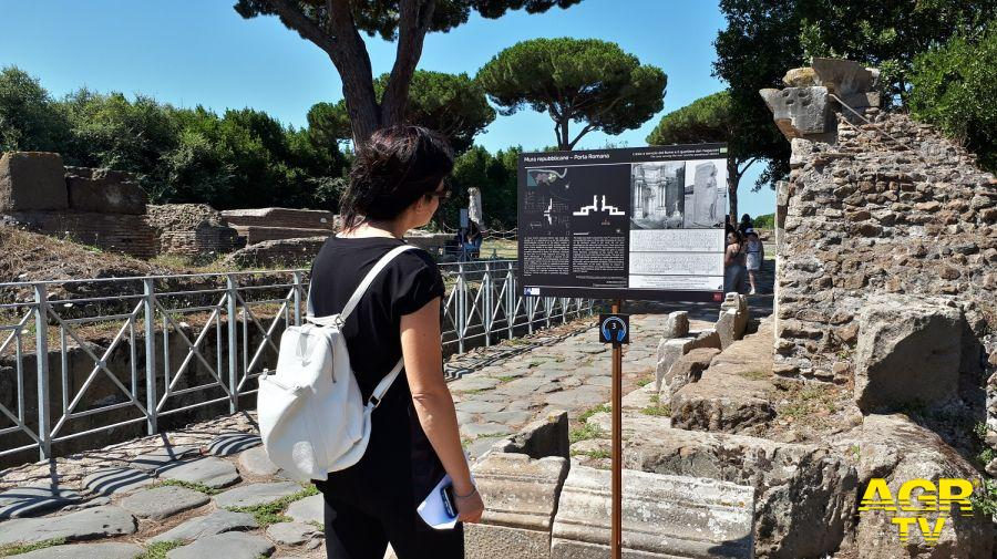 Ostia Antica, nuovi pannelli esplicativi agli scavi archeologici