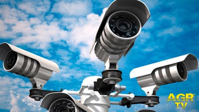 Fiumicino, video-sorveglianza nelle scuole contro i vandali