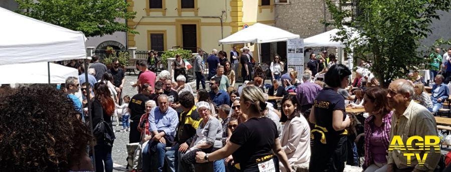 Roma,no... alla Festa dei piccoli comuni in centro