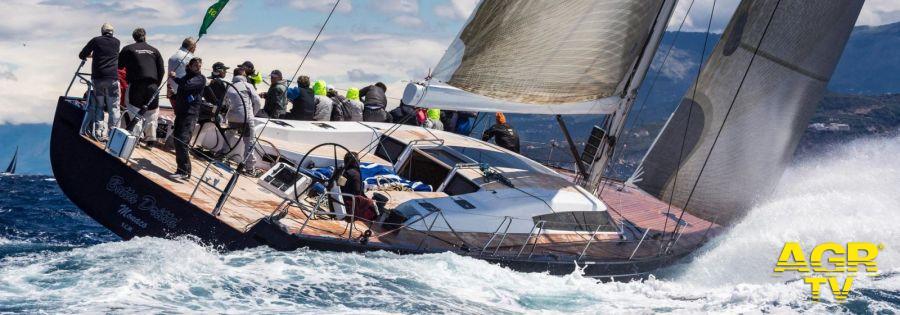Barcolana, anche Mascalzone Latino e la sua scuola di vela alla regata