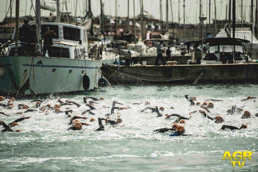 Revolution Triathlon Internazionale di Roma al porto turistico