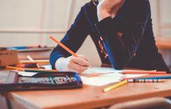 Fiumicino, inaccettabili i tempi di attesa per l'apprendimento
