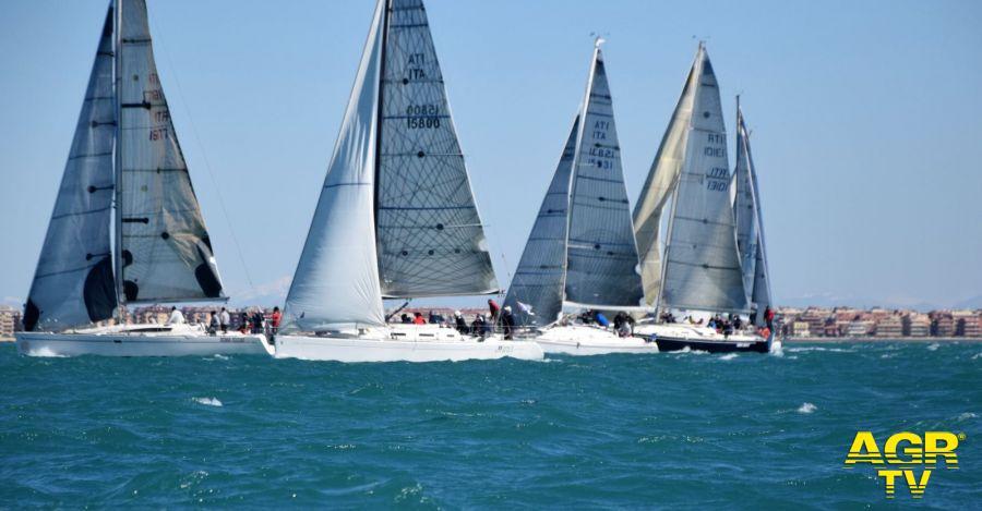 Vela, Campionato invernale di Roma, 80 barche al via