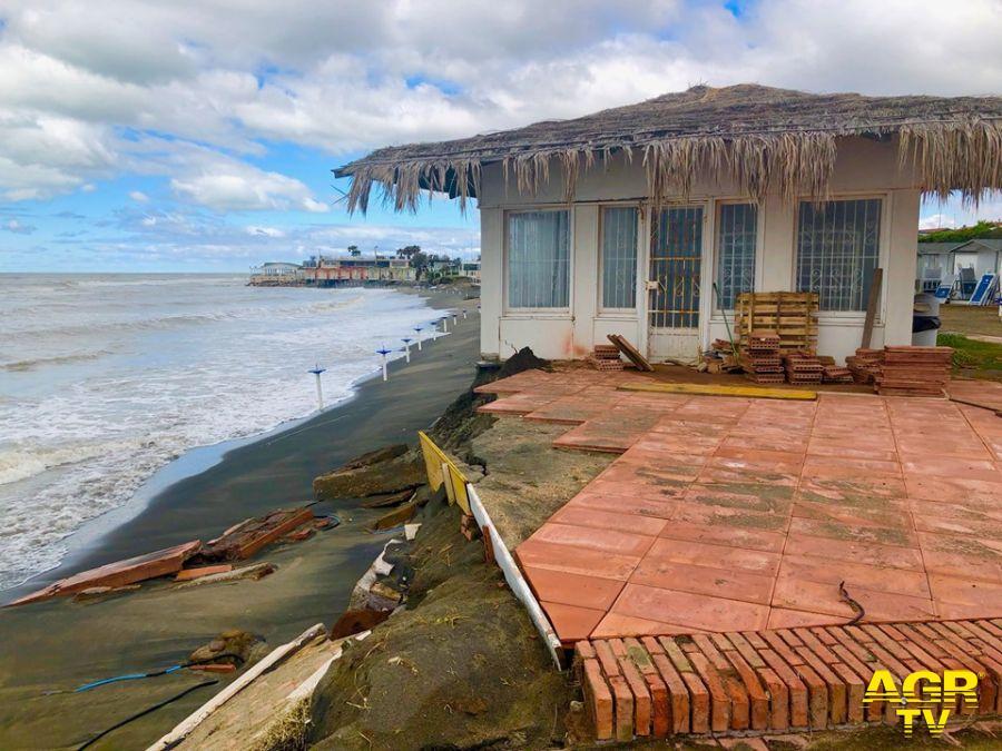 Ostia, stato di calamità per le spiagge, si muove anche il X Municipio