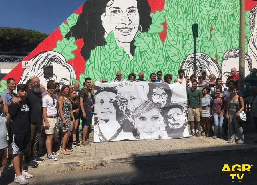 Ostia, sit in per raccolta fondi ripristino murales Lido Nord