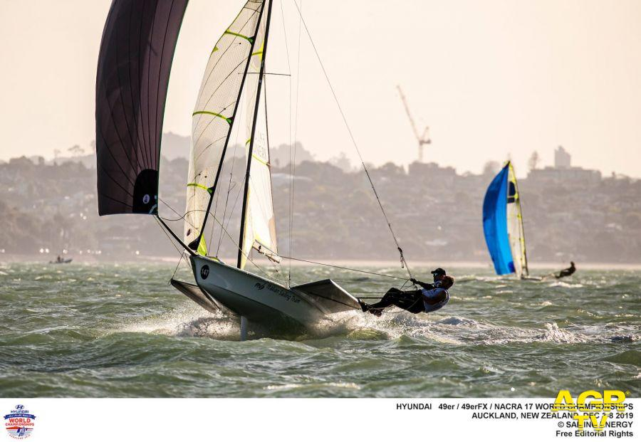 Vela, il vento forte...rallenta i mondiali di Auckland