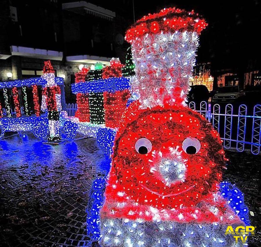 Ostia, luminarie e giochi di luce per Natale...grazie all'Ascom