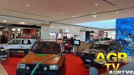 Quattro Panda 4X4 alla Galleria Commerciale Porta di Roma