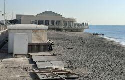 spiagge libere con servizi
