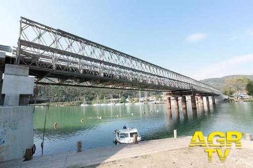 il un ponte bailey potrebbe unire le sponde del Tevere