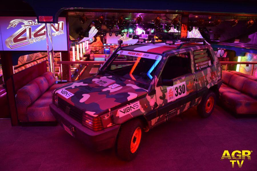 La Fiat Panda num.330 nella storica discoteca Due Cigni