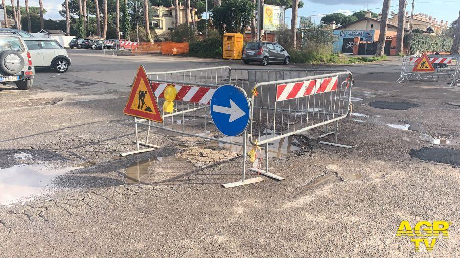 Infernetto,  torna l'asfalto in via Orazio Vecchi