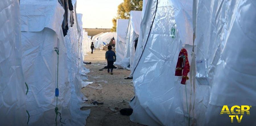 Save the Children, 200.000 bambini sfollati negli ultimi due mes