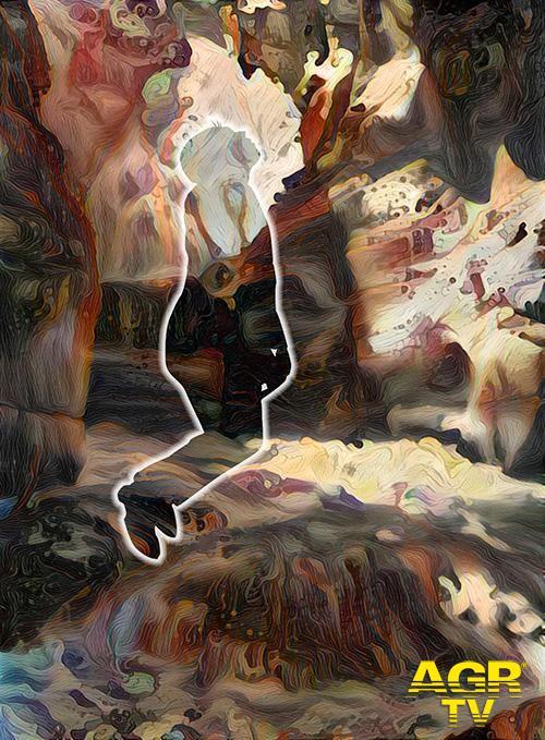 Rossocinabro, dal paesaggio al volto umano