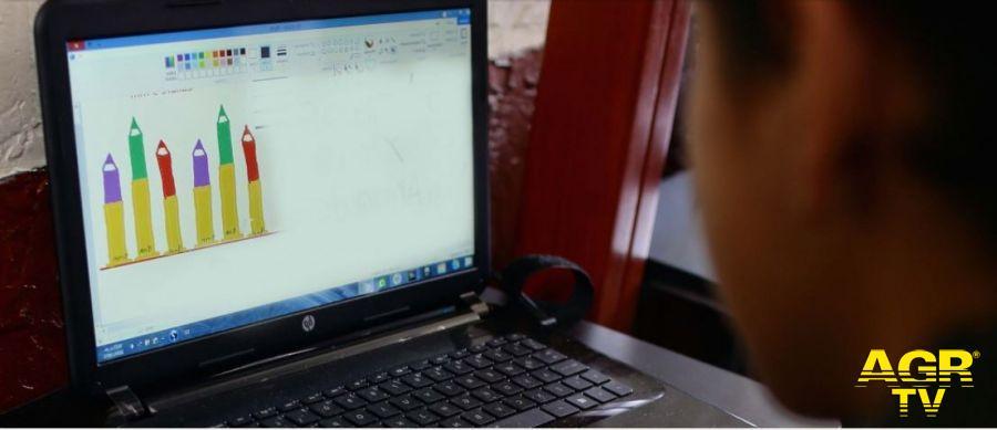 Fiumicino, didattica a distanza, prioritario potenziare la rete internet nelle scuole