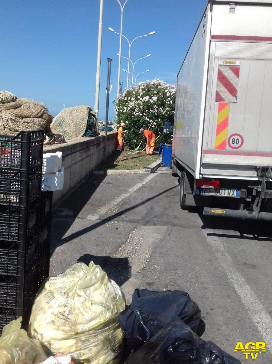 Roma, rifiuti sempre più ingombranti