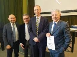 Giorgio Milesi (a sin) con il Comitato organizzatore