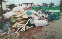 Fiumicino, sequestrate due discariche abusive all'Isola Sacra