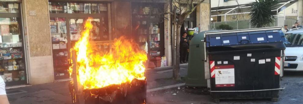 OSTIA: Di Giovanni, ennesimo cassonetto incendiato, ormai è chiaro a  tutti il disegno criminale