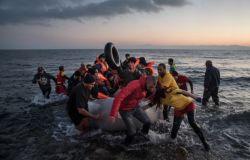 Migranti: Save the Children, in Grecia più di 5 mila minori non accompagnati in condizioni precarie