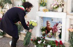 Cerveteri, cimiteri chiusi ma fiori per i defunti