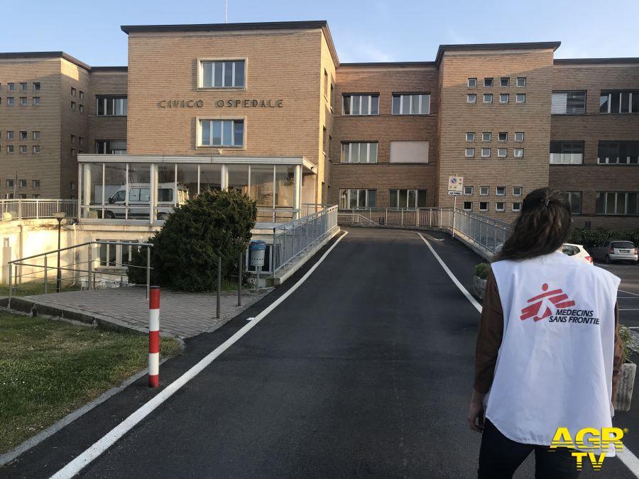 """MSF: """"La priorità è proteggere lo staff dell'ospedale"""""""