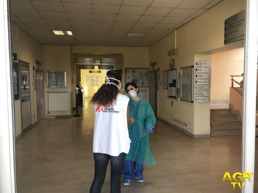 """""""La priorità è proteggere lo staff dell'ospedale"""""""