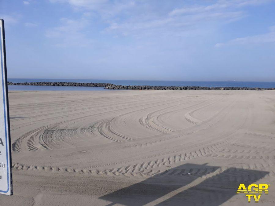 spiagge fiumicino deserte