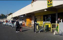 Fdi, allungare orario supermercati per evitare lunghe file