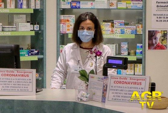 Milano, Coronavirus, ancora rapine nelle farmacie