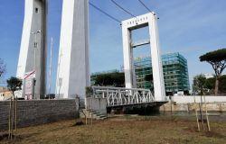 Fiumicino,  il ponte 2 giugno diventa blu