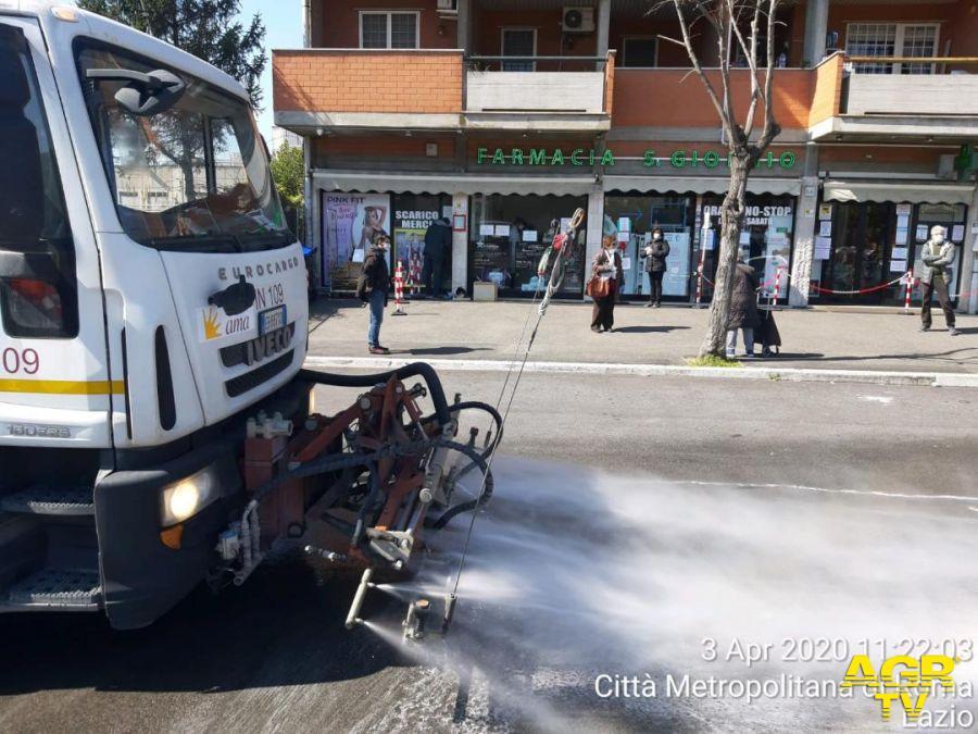 Ostia, sanificate 180 chilometri di strade