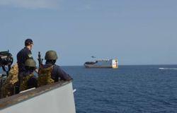 Esercitazione della Marina anti-pirateria nel Golfo di Guinea