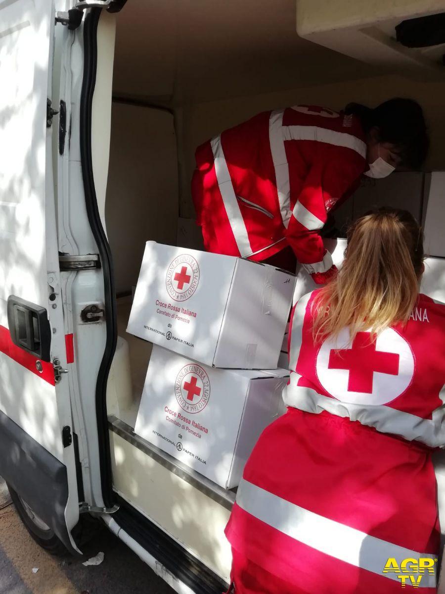 Fiumicino, pacchi alimentari, gara di solidarietà e sostegno alle famiglie in difficoltà con la Misericordia e la Croce Rossa