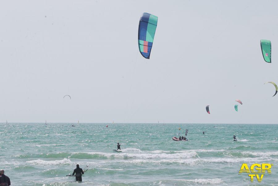 Fiumicino apre le spiagge...o.k. del sindaco Montino