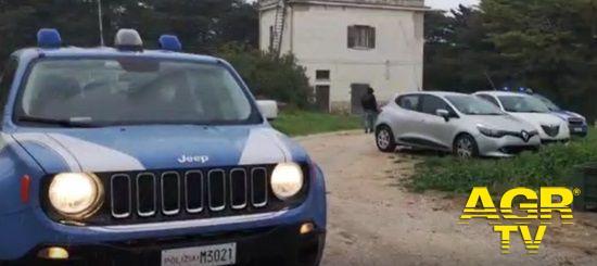 Polizia, violenze in famiglia, due arresti