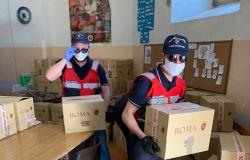 Nuove povertà per emergenza covid-19, il Campidoglio distribuisce generi alimentari