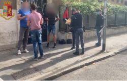 """Roma,Piazza dei Cinquecento, arrestati dalla Polizia di Stato per rapina aggravata due somali """"armati"""" di bottiglie di vetro"""