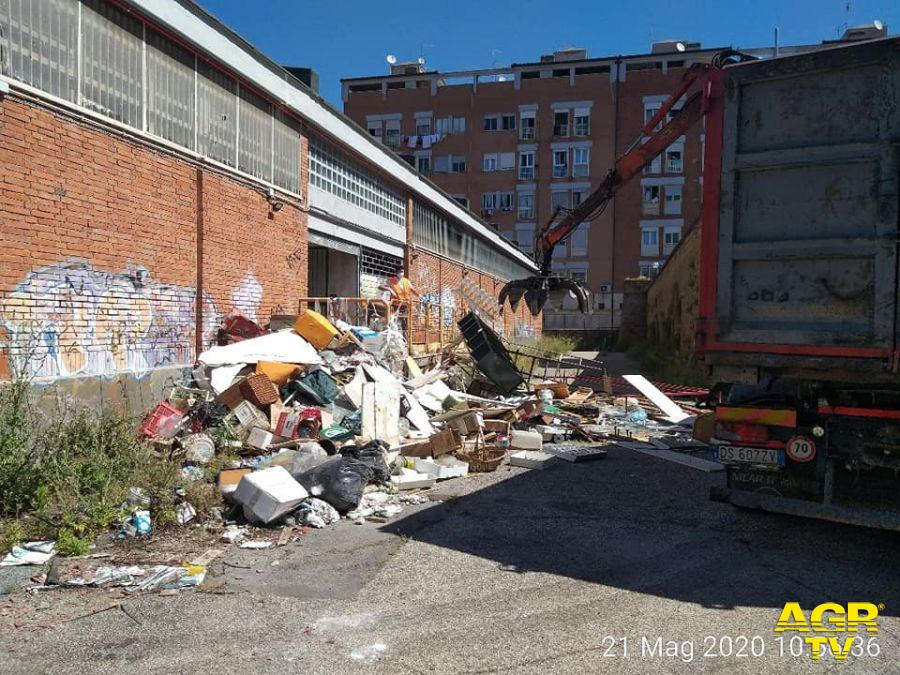 mercato casalberenocchi rimozione rifiuti