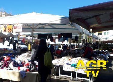 Fiumicino, c'è l'accordo, riparte il mercato in via Foce Micina