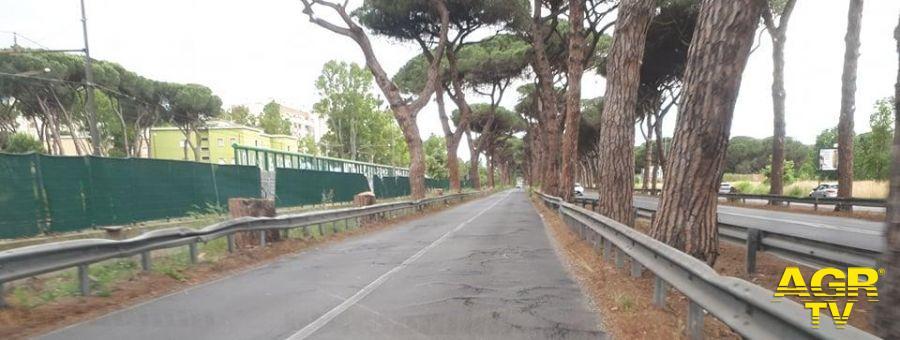 Via Ostiense, rischio incidenti su una strada sconnessa