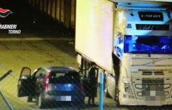 Torino, furti nelle aree industriali e commerciali a riparo del lockdown, in manette rom
